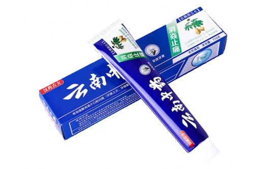 """Зубная паста """"Китайская традиционная на травах"""" с женьшенем 110 гр"""